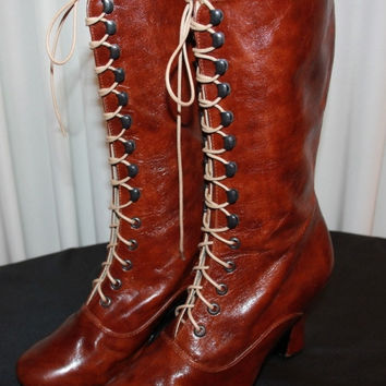 Boots Victorian Boots Lace up Maroon polish  Leather 2 inch/5 cm  High Heels In Stock size 8and 9 US / 39 and 40 Euro Valentine shoes