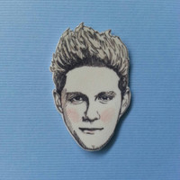 Niall Horan/One Direction/1D/Illustrated Charm Necklace/Pin/Necklace Charm