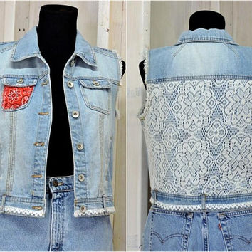 Denim vest / size S / M / jean vest / upcycled clothing / lace and denim / boho / country / western