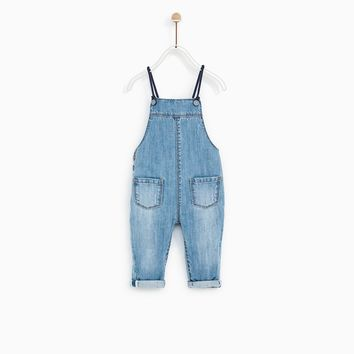 DENIM OVERALLS WITH SUSPENDERS DETAIL