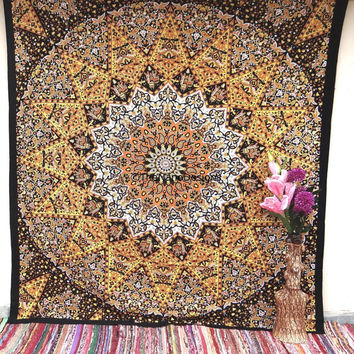 Star tapestry Wall Hanging , Indian Mandala Tapestry Bedspread , Indian Tapetry , Decorative Wall Hanging , Picnic Beach Sheet Coverlet