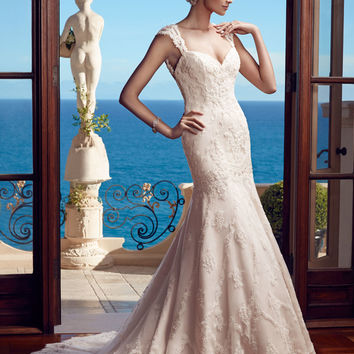 Casablanca Bridal 2195 Keyhole Back Wedding Dress