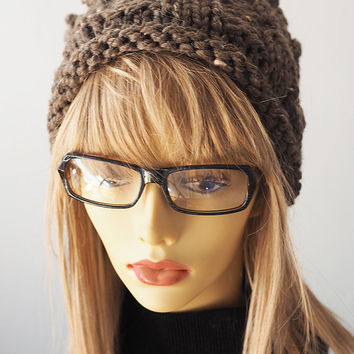 Taupe knit hat / Brown crochet hat / Chunky knit pillbox / Warm winter hat / Woman winter hat / Teen girl hat / OOAK hat / Roll brim hat