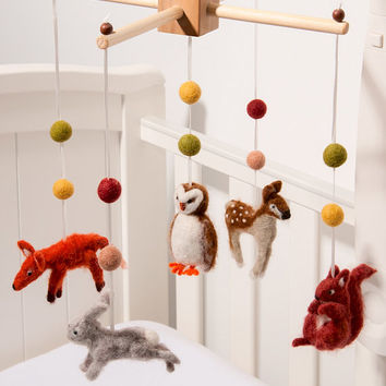 Woodland Needle Felt Mobile, Nursery Mobile, Baby crib Mobile, Childrens Decor.