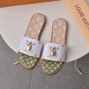shosouvenir Louis Vuitton LV Lock It Mule Sandals