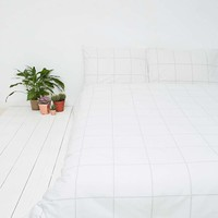 Grid Duvet Set in Stone - Urban Outfitters