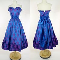 1980s blue metallic strapless dress, fit and flare ruffled purple floral print prom gown, Zum Zum bow tea length formal party dress, Small