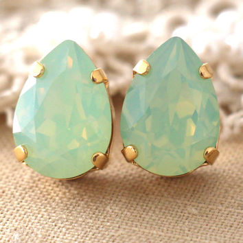 Mint Opal earrings Mint Green Opal Swarovski earrings Gift for woman Opal Drop earrings Bridesmaids earrings Mont Drop Swarovski earrings