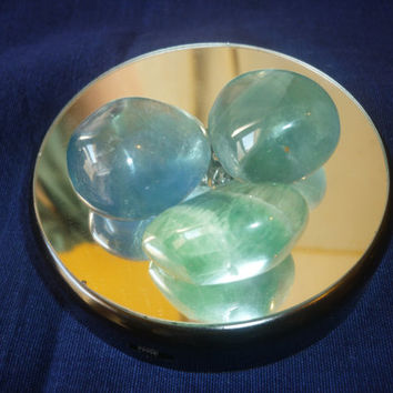 Green Fluorite Tumble stone 30 mm from China,clear thiking,cleaning radiation and negative emotions
