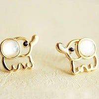 Fashion Lovely Beige Opal Elephant Stud Earrings