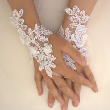 white, lace wedding gloves, costume gloves,bridal gloves, free shipping!