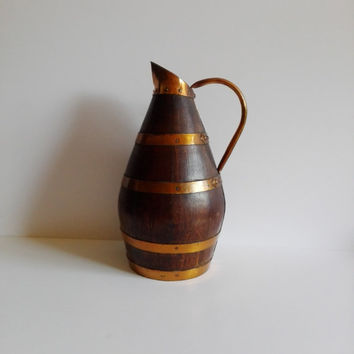 Old wooden Bourguignon pitcher (wine jug), strapping copper