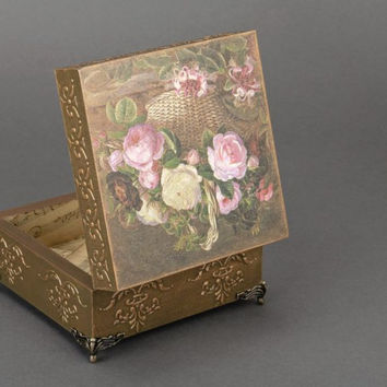 Jewelry handmade decoupage box for accessories