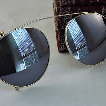 Vintage Clip on Sunglasses, Gold Metal Clipons, Mirrored Sunglasses, Dark Gray Lenses, Round Clip On Shades, 1980's New Old Stock Sunglasses