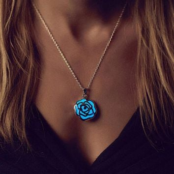Rose Pendant Necklace Glow In The Dark Locket  Lady Girl Gift