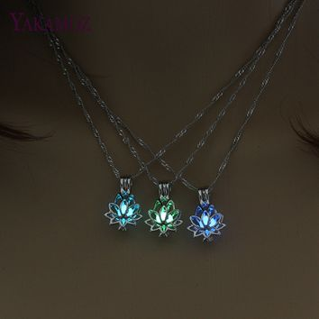 3 Colors Lotus Flower Pendant Necklace Charm Chain Pendant Glow in the Dark Choker Statement Necklace Luminous Party Jewelry