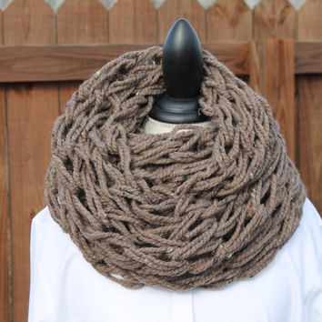 Women Arm Knit Scarf, Brown Scarf, Brown Neck-warmer, Infinity Scarf, Brown Chunky Cowl, Brown Knit Scarf