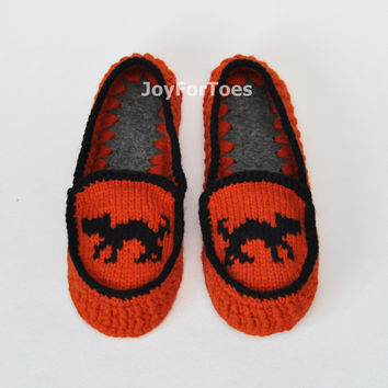 "Crochet Women Slippers ""Halloween"" Custom Made"