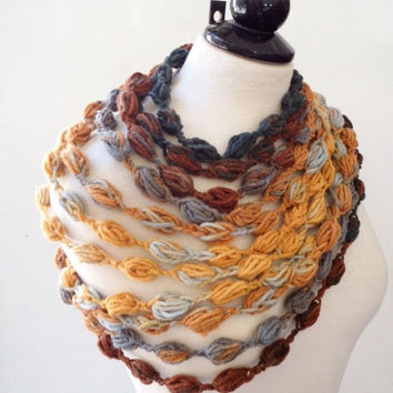 Chunky necklace Statement Fashion accessories Scarf necklace Crochet scarf Boho necklace scarf Bubble necklace Bib necklace Gifts for her