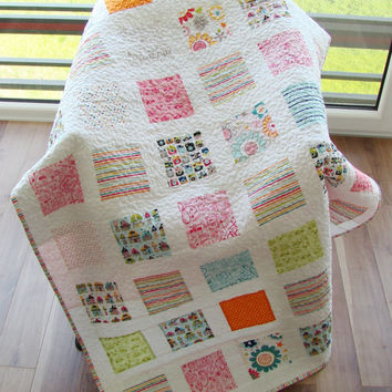 Modern Baby Quilt. Kid Quilt. Toddler Quilt. Child Quilt. Boy and girl Quilt.  Ready to ship.