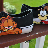 Funny Hand Painted Airwalk Sneakers Garfield and Odie size womens 7.5