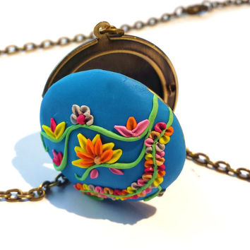 Torquoise Locket Necklace, Turquoise Floral Necklace, Torquoise Necklace, Picture Locket, Lotus Necklace, Polymer Clay Necklace, Blue Locket