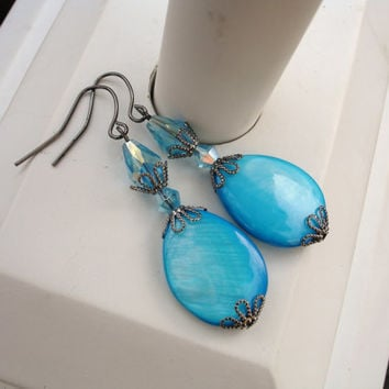 Blue earrings, turquoise earrings, mother of pearl earrings, aqua blue earrings, summer earrings, beach jewelry, gift for her, gift ideas