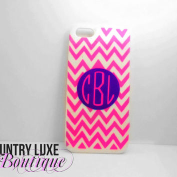 Customize your own iPhone 5/5s Case on Etsy! Pick colors of chevron and monogram! $12 - Country Luxe Boutique