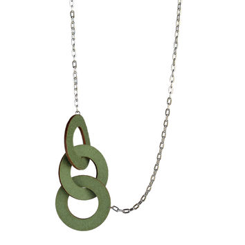 Wool felt long three-ring necklace