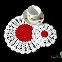 Set Red and White crochet pitcher mat and 2 coasters - Set centrino bianco e rosso con 2 sottobicchieri all'uncinetto