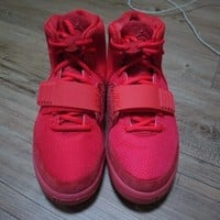 "Nike Air Yeezy 2 ""Red October"" (New Images) 