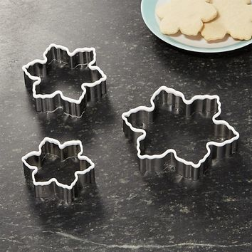 White Grip Snowflake Cookie Cutters Set of Three