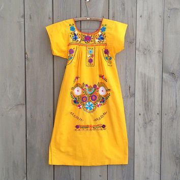 Vintage dress | Yellow Mexican embroidery colorful cotton tunic dress