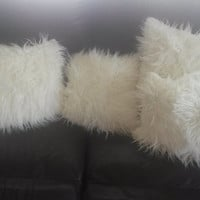 Plush Faux Fur Pillow / Sofa Pillow / Throw Pillow stuffed/ Ivory/ Cream/ Off-White