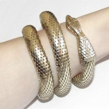 Vintage Egyptian Revival Gold Metal Mesh Snake Serpant 3 Coil Cuff Bracelet CLEOPATRA Unsigned 50s
