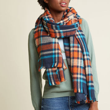 Willamette Wanderings Plaid Blanket Scarf in Classic