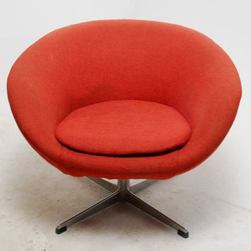 Mid Century Modern Overman Swivel Pod Lounge Chair in Original Red Fabric
