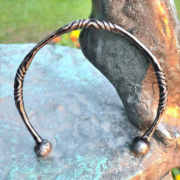 Hand Forged CELTIC TORC Iron Torques Hammered Jewellery Jewelry Celts Iron Age Pagan Necklace Torque Historical Jewel Re-enactment History
