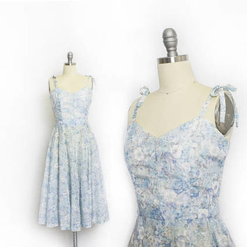 Vintage 1970s Dress - Full Circle Skirt Blue Floral 70s does 50s Party Dress - Small