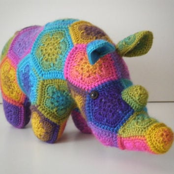 Thandi - Crochet rhinoceros made out of African Flowers -