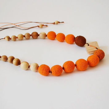Red Orange Teething Necklace Natural Wooden Teethers Wooden Baby Toy for Infants Wooden Bead Jewelry Necklace Beadwork Natural Jewelry
