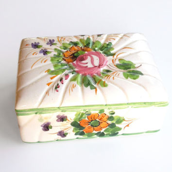 Vintage ceramic trinket box jewelry box - Lidded porcelain box with pink orange purple flowers - Shabby chic Cottage chic
