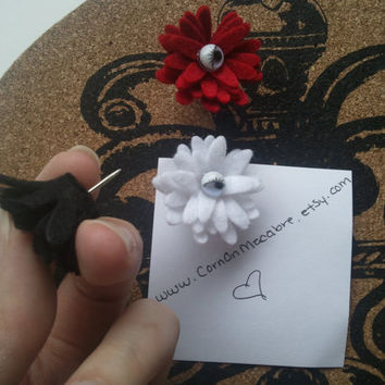 Eyelashed Felt Flower Pushpins - Decorative Pushpins - Thumbtacks Art - Creepy Cute - Red White & Black Thumbtacks - Set of 3