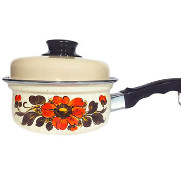 Vintage 1970s Italian Enamel Moneta Pot / Beautiful Retro Floral Print Cookware / Small Enameled Kitchen Pan with Lid / Repeated Pattern