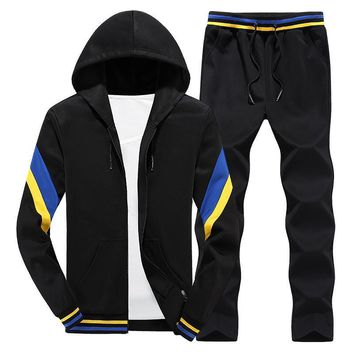 Hooded Top & Casual Bottom Suit Set - Men Track Suit