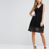 French Connection Tatlin Beau Jersey Dress at asos.com
