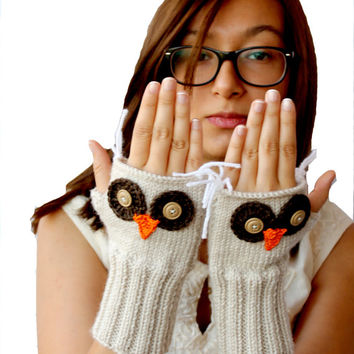 Autumn Trend / Owl Hand Knit / Fingerless Gloves / Winter Fashion 2013- 2014 / Size S - M