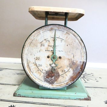 Green Scale Pelouze Scale Kitchen Scale Vintage Scale Industrial Scale Old Scale Kitchen Decor Green Kitchen