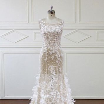A-Line Wedding Dresses Design Lace Appliques Pearls Bridal Gowns