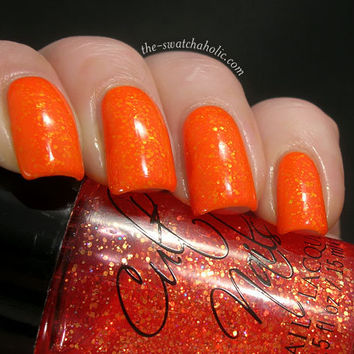 Layering Nail of the day with Nfu.Oh 126 over Cult Nails Captivated and Illamasqua Gamma | The Swatchaholic . a blog about nail polish and makeup